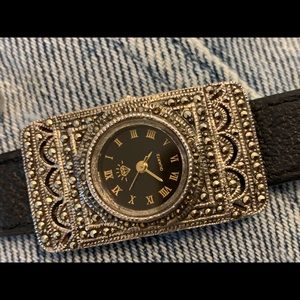 Accessories - Gorgeous and rare ladies watch